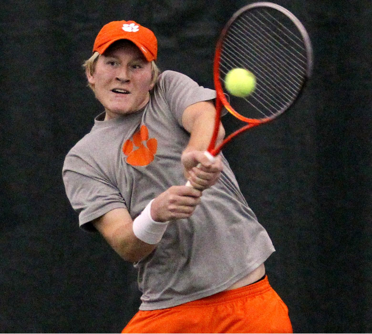 Clemson Falls to No. 7 Virginia Friday Afternoon