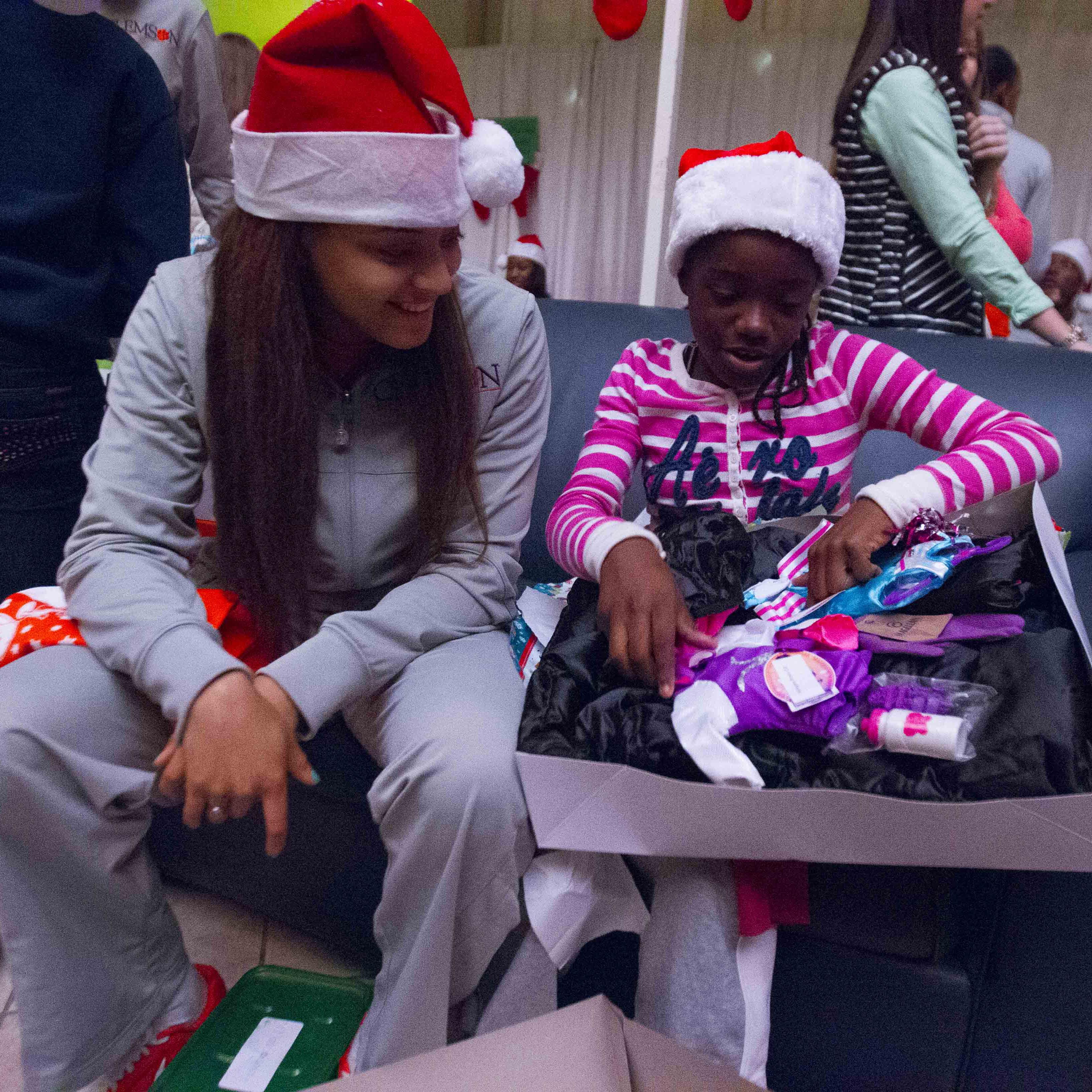 Basketball Spreads Holiday Joy to Community