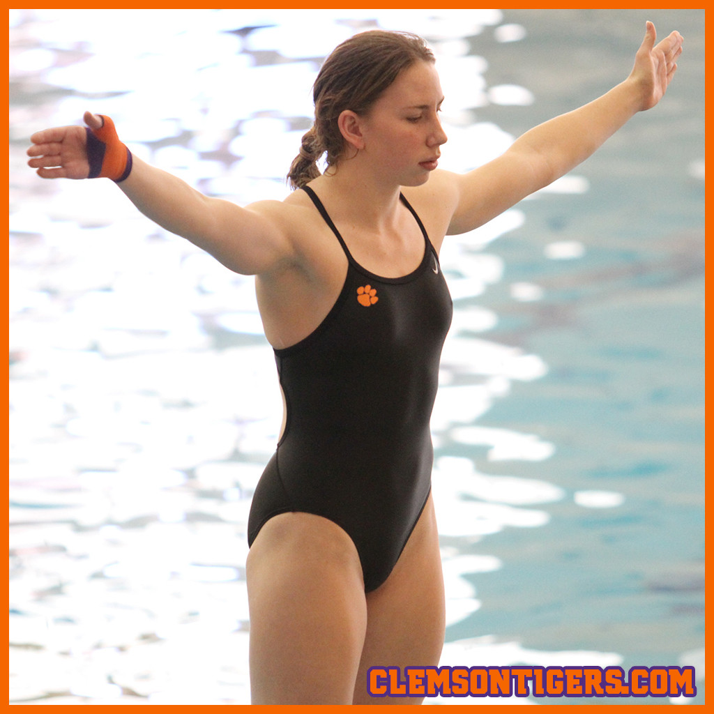 Braun, Reitsma Lead Tigers at Tennessee Diving Invitational