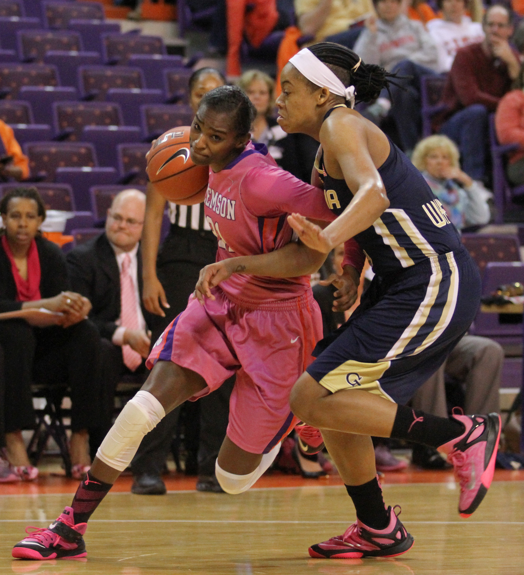 Jackets Outlast Tigers on Play4Kay Day