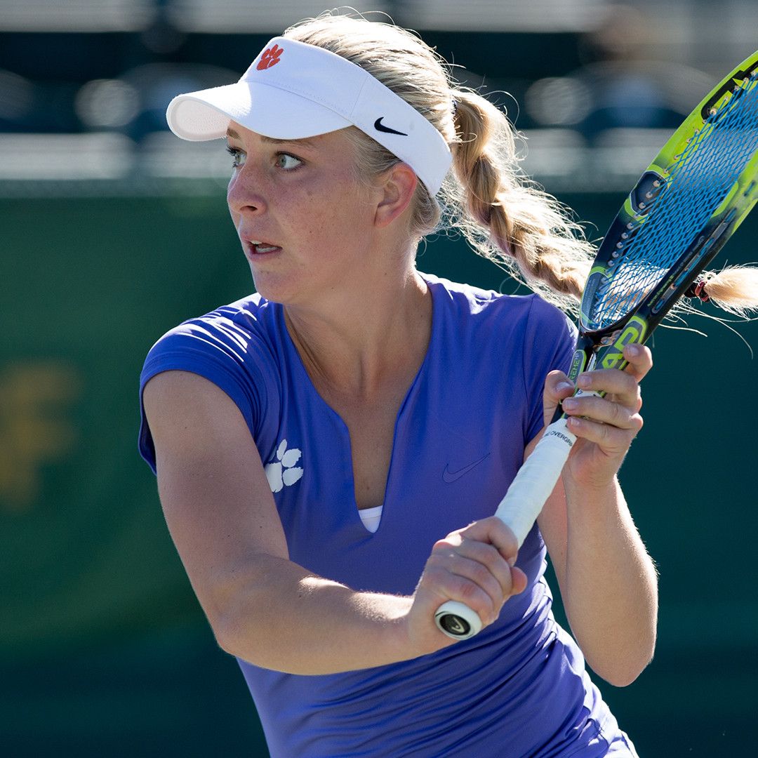 One Singles Player, One Doubles Team in Semifinals at ITA Carolina Regional