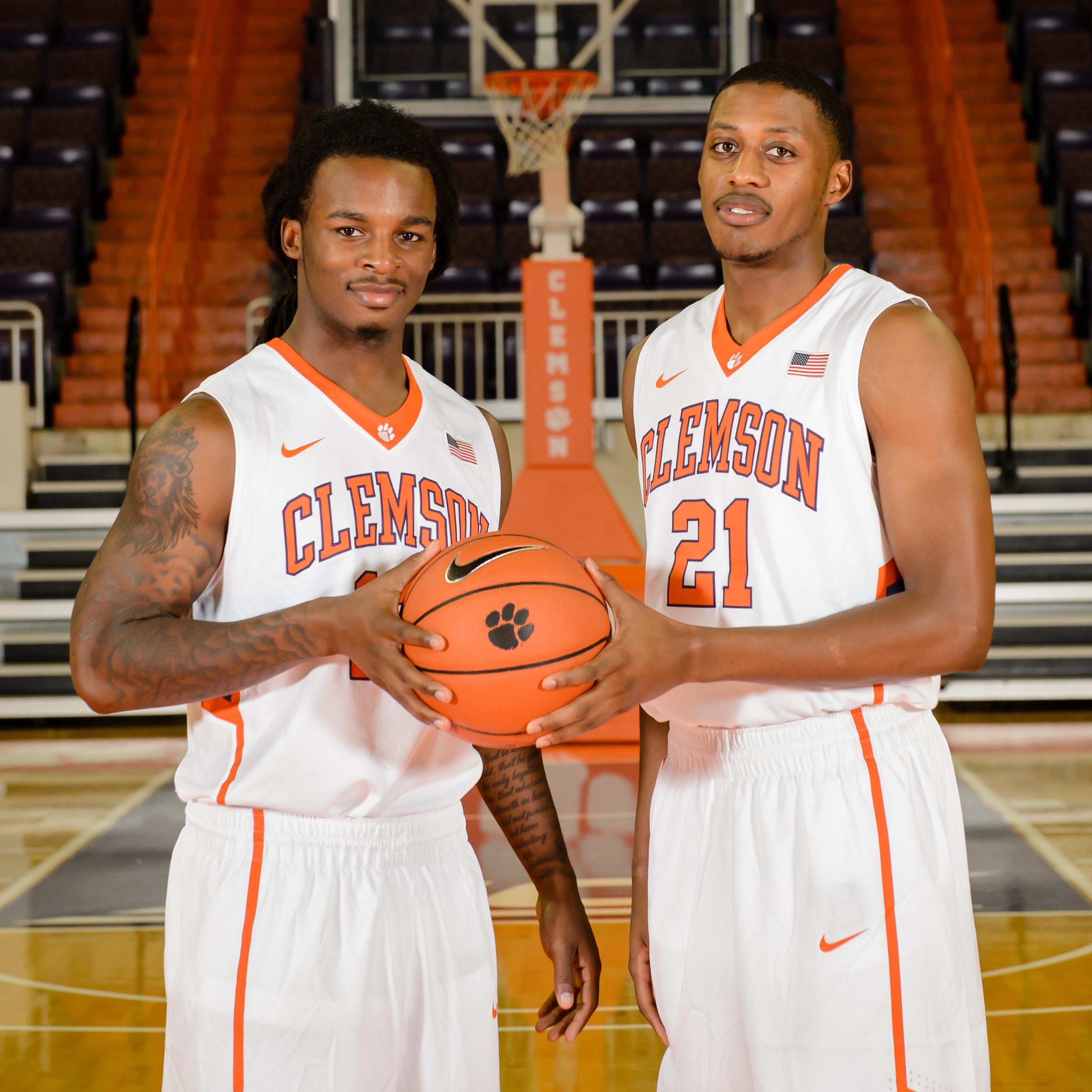 Men's Basketball || Senior Day
