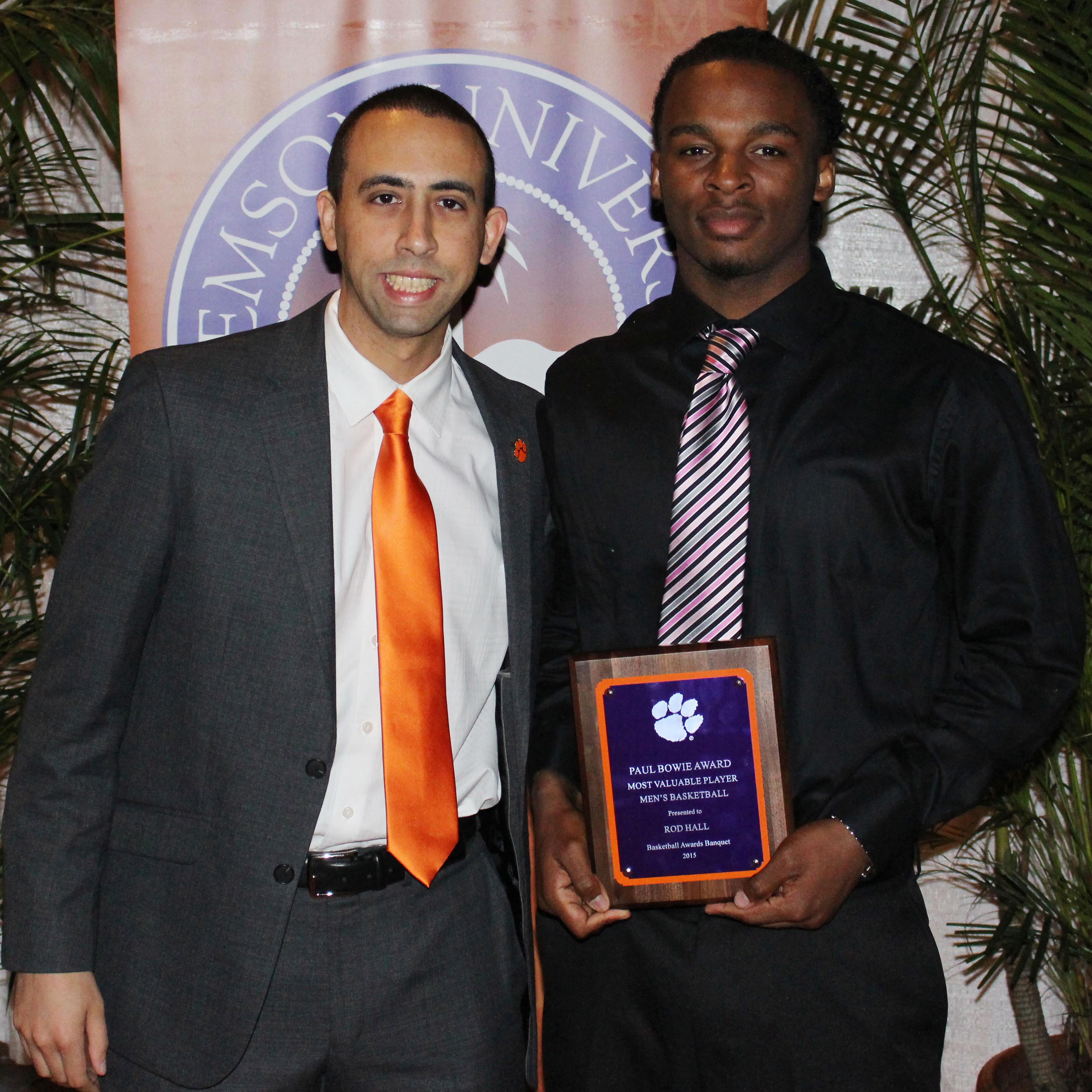 Men's Basketball Holds Awards Banquet