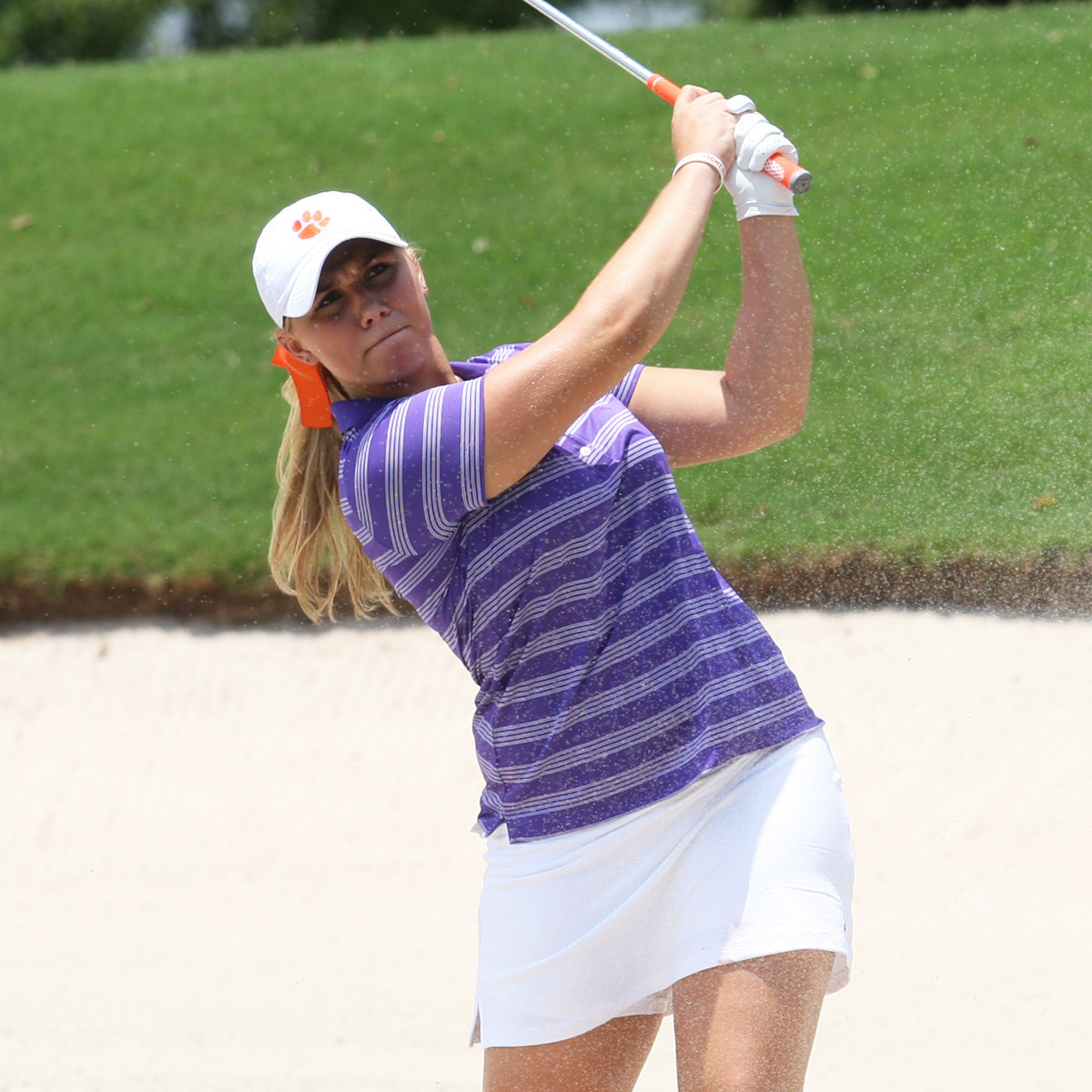 Two Clemson Women Named To All-America Scholars team