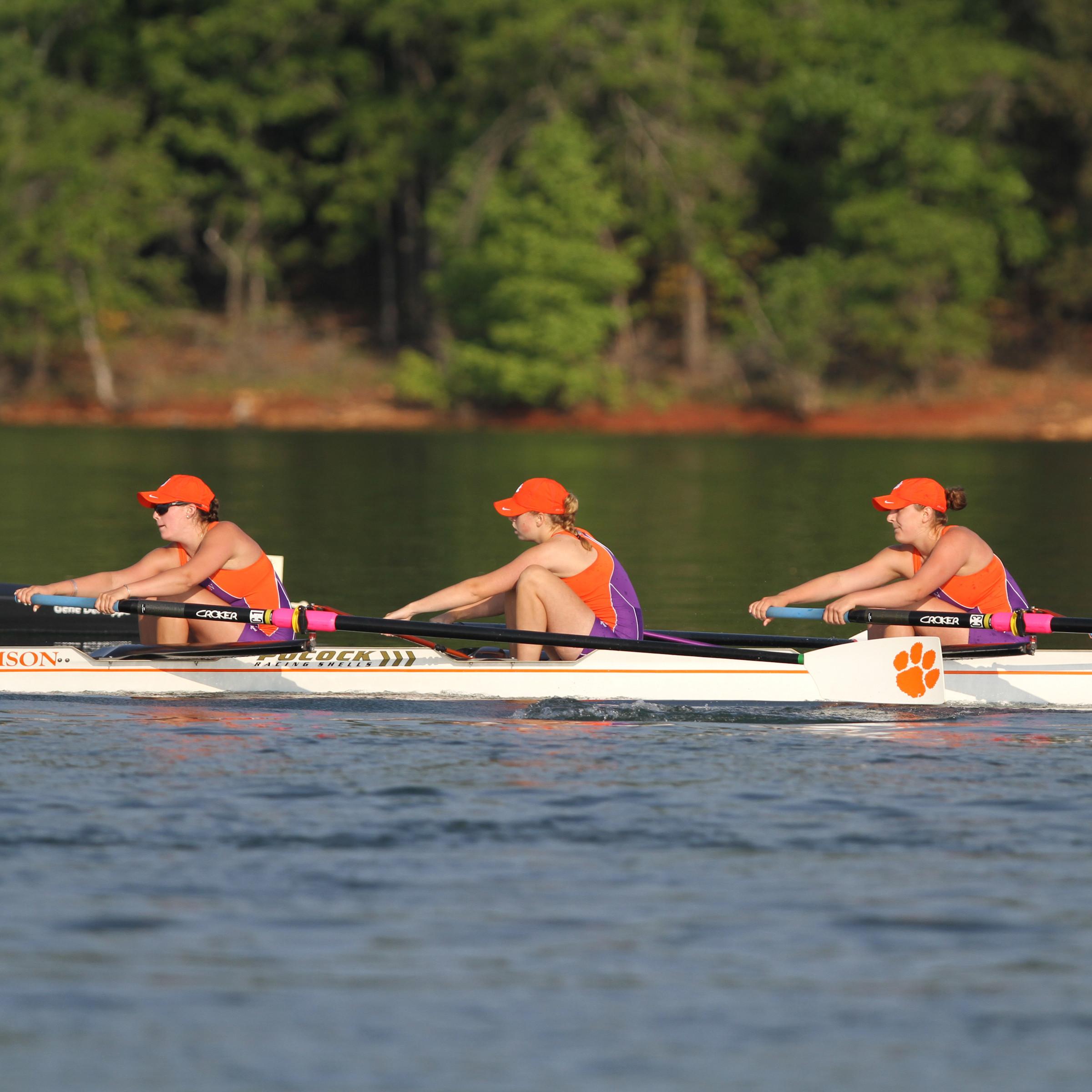 Rowing Begins Fall Season Saturday