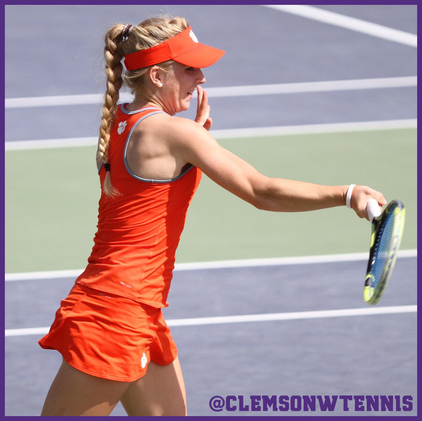 Eidukonyte Advances to Singles Final at ITA Carolina Regional