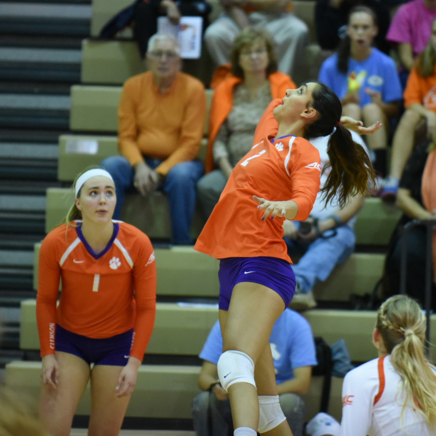 Clemson Falls To ACC Preseason Favorite
