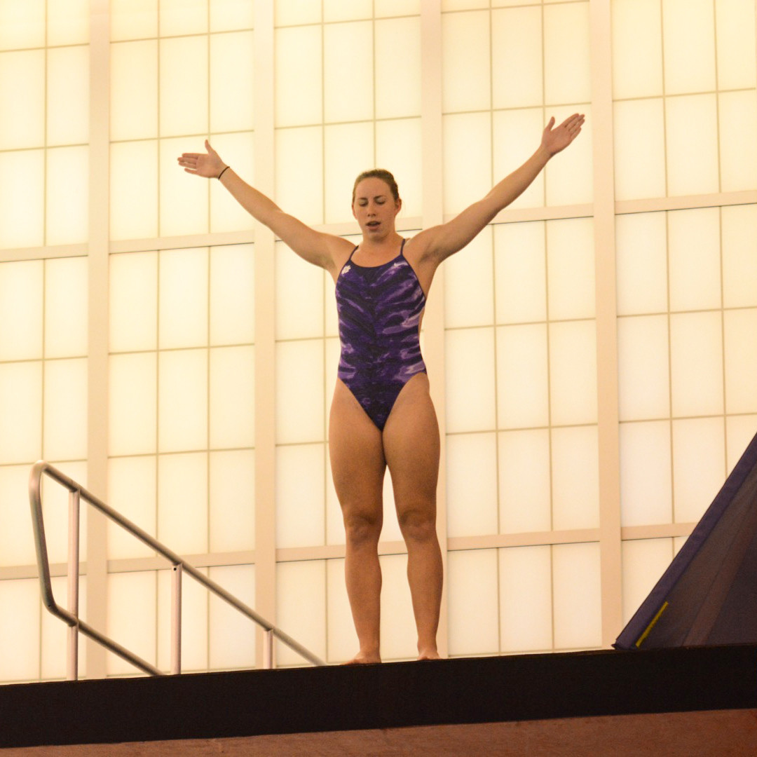 Diving Opens Season at USC