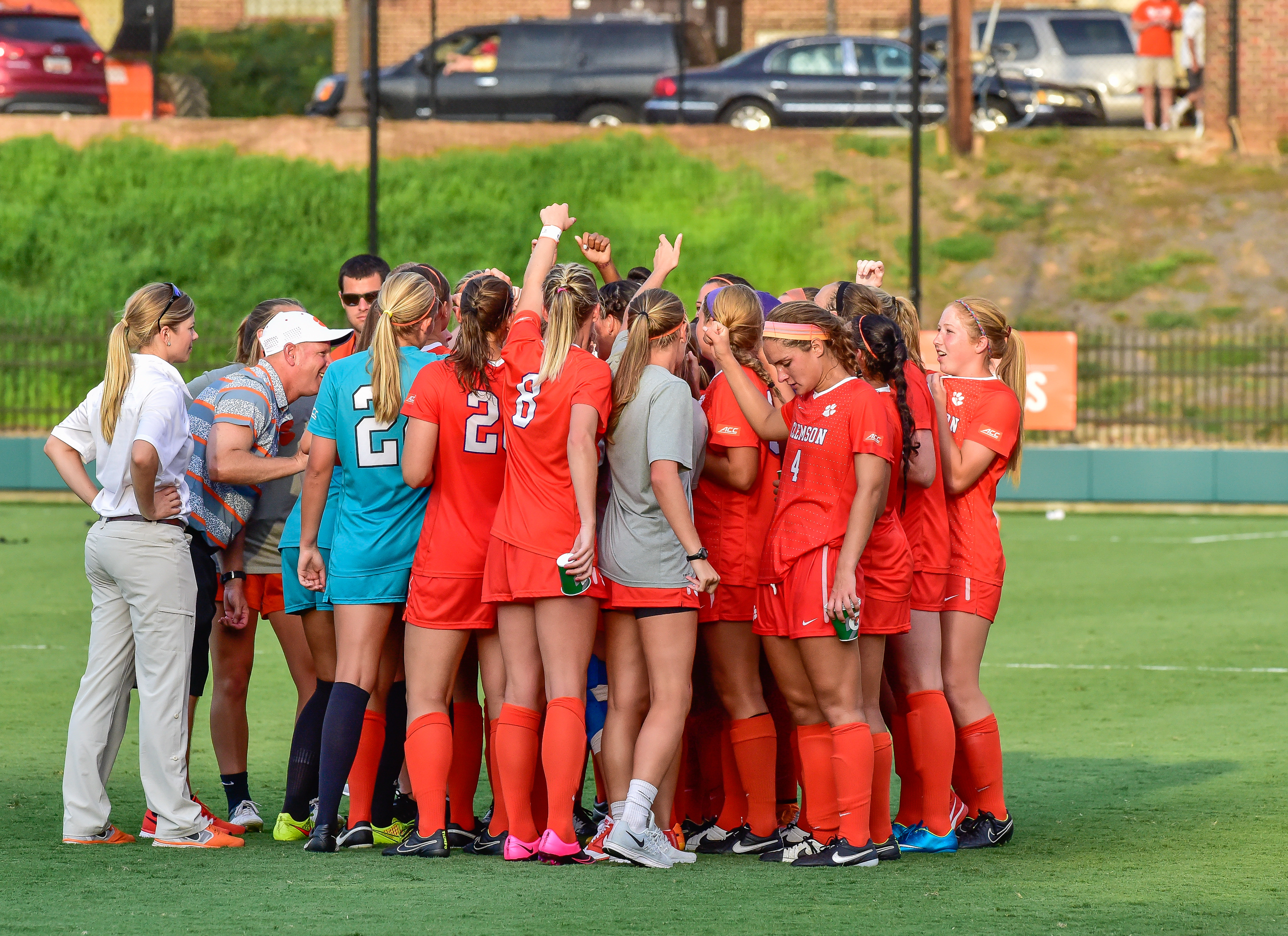 Clemson Falls to Top-Ranked Virginia in ACC Semifinals