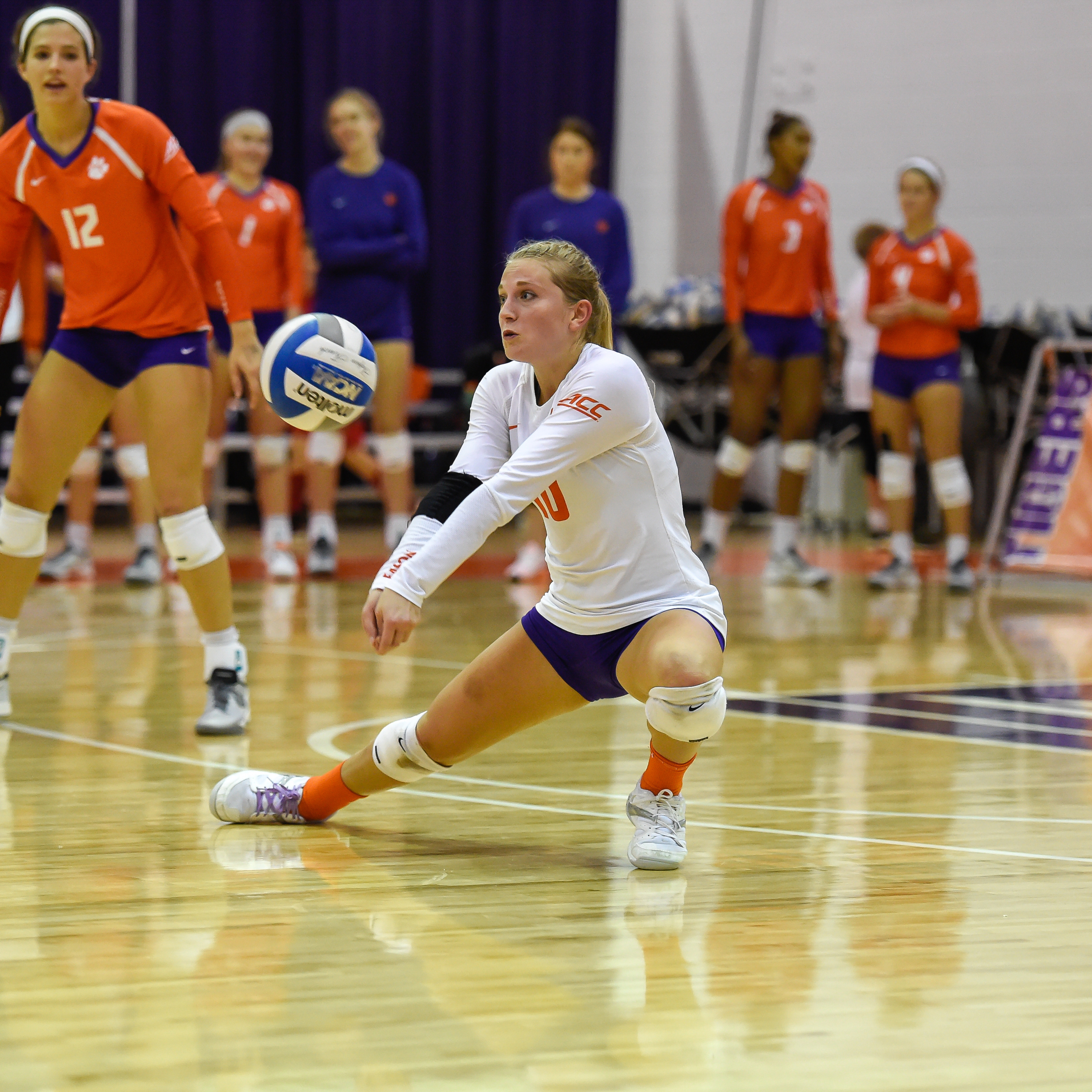 Clemson Falls Late To Virginia