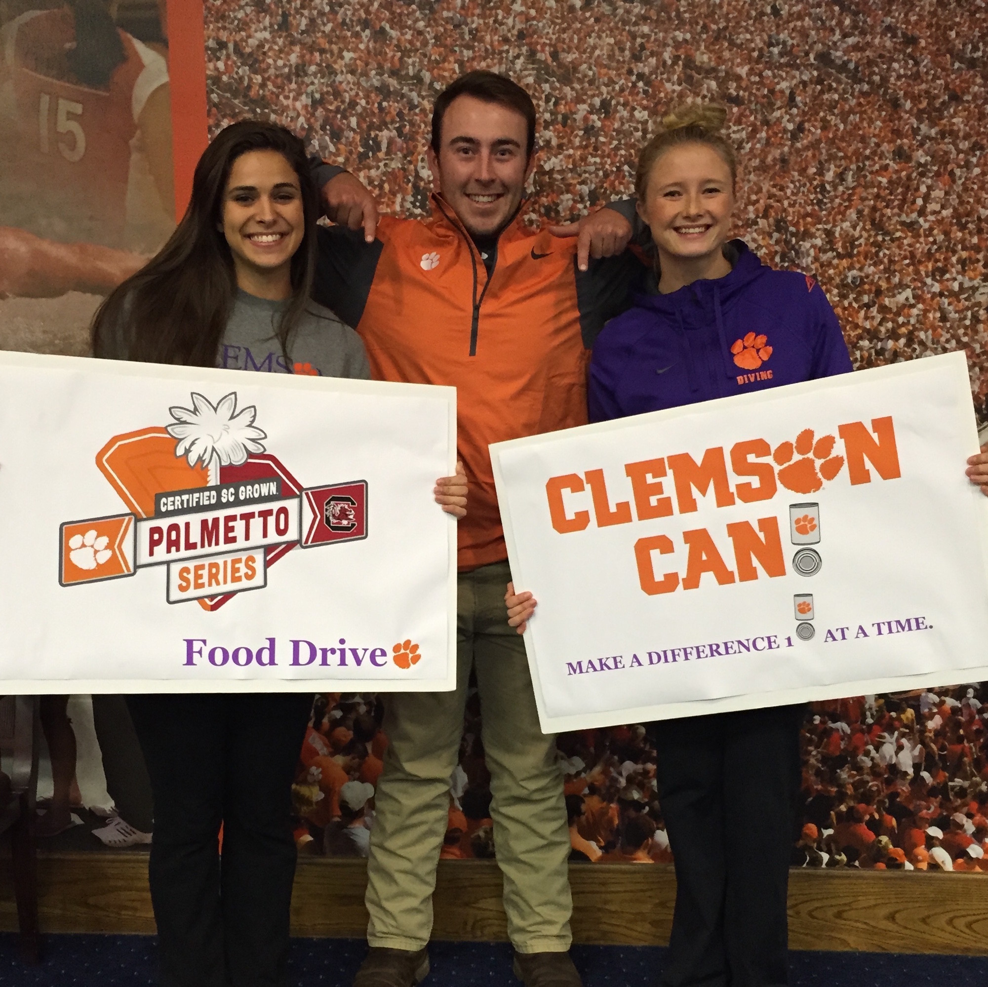 Clemson and USC Kick-off Palmetto Series Food Drive to Benefit Harvest Hope