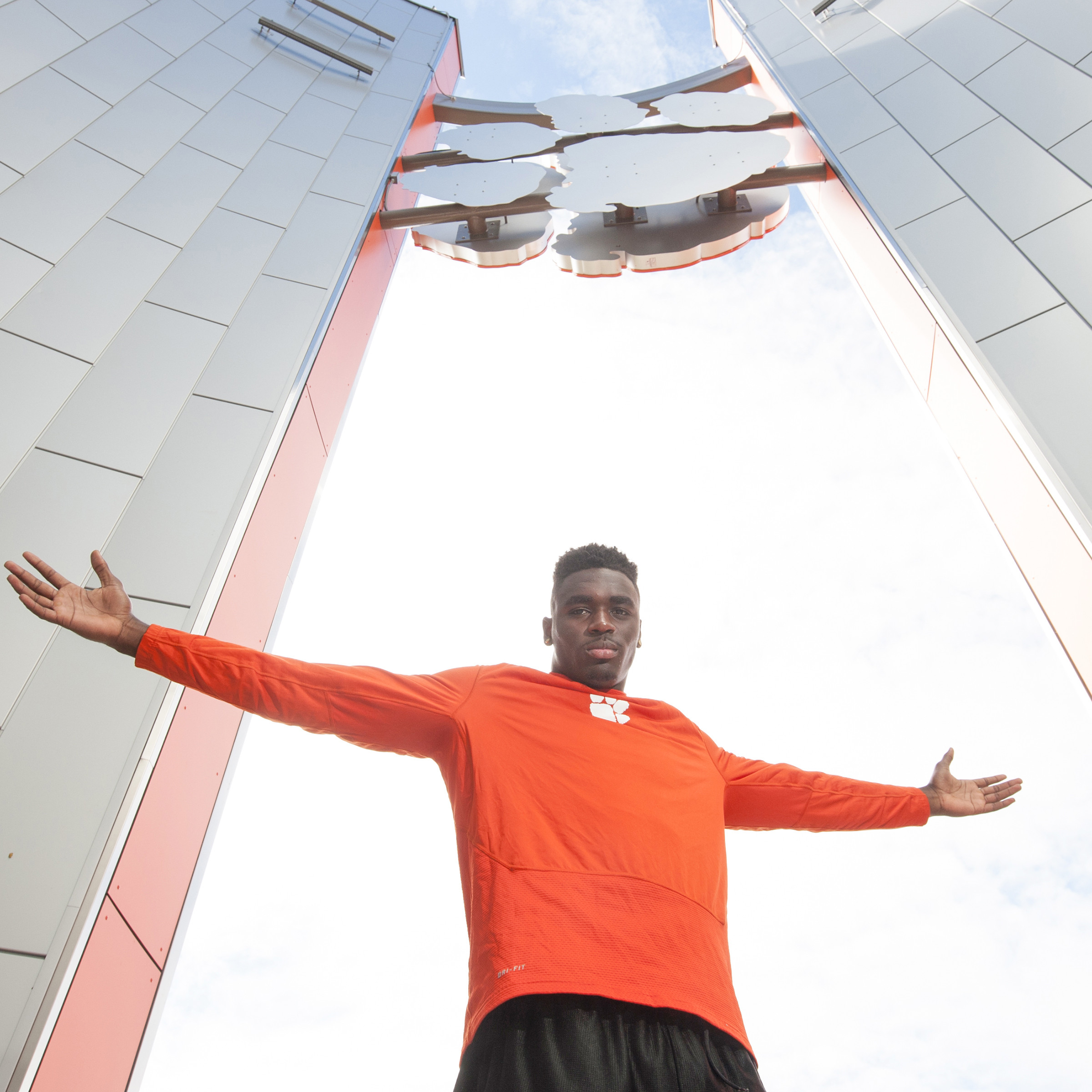 Kearse Reaching New Heights