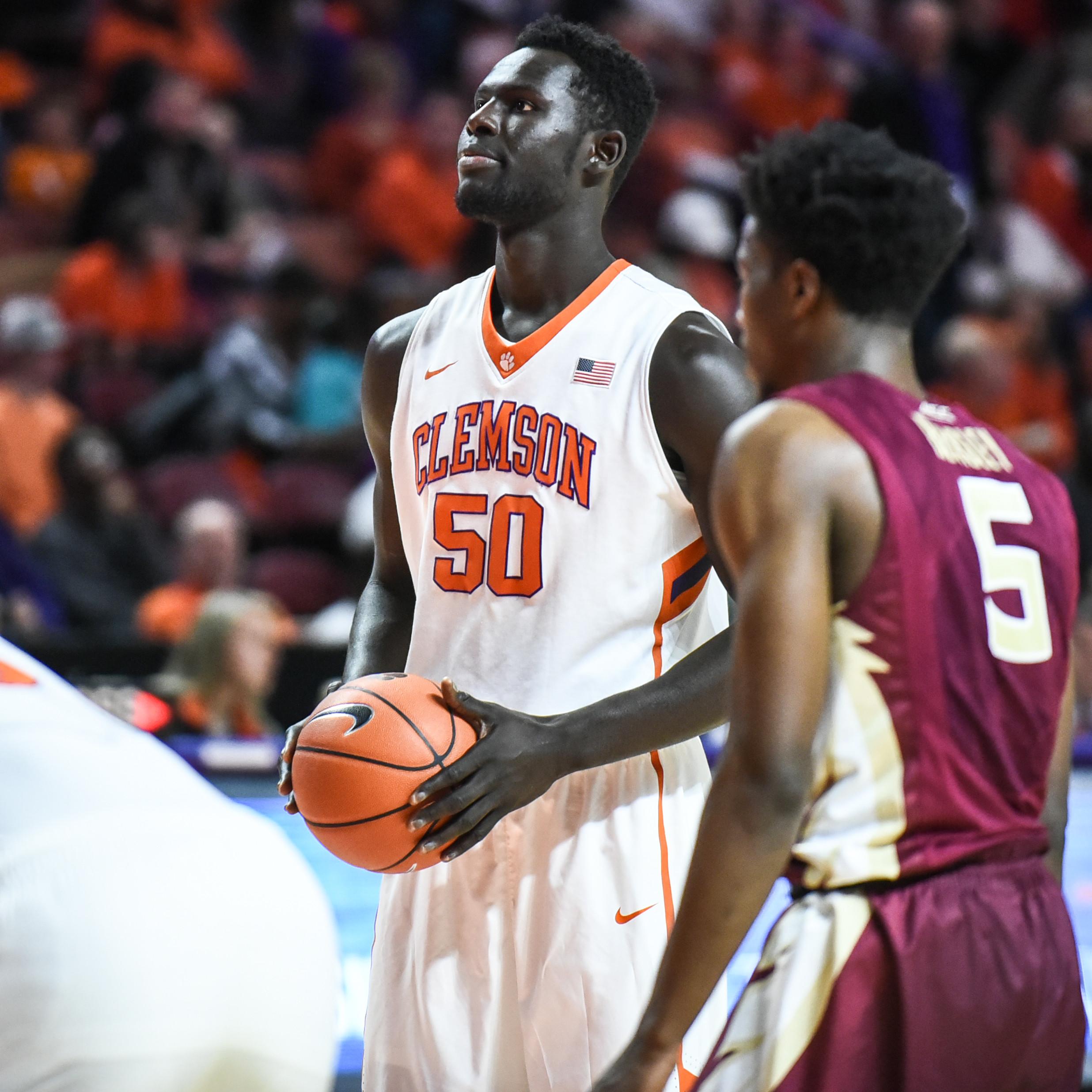 Tigers Head to Syracuse