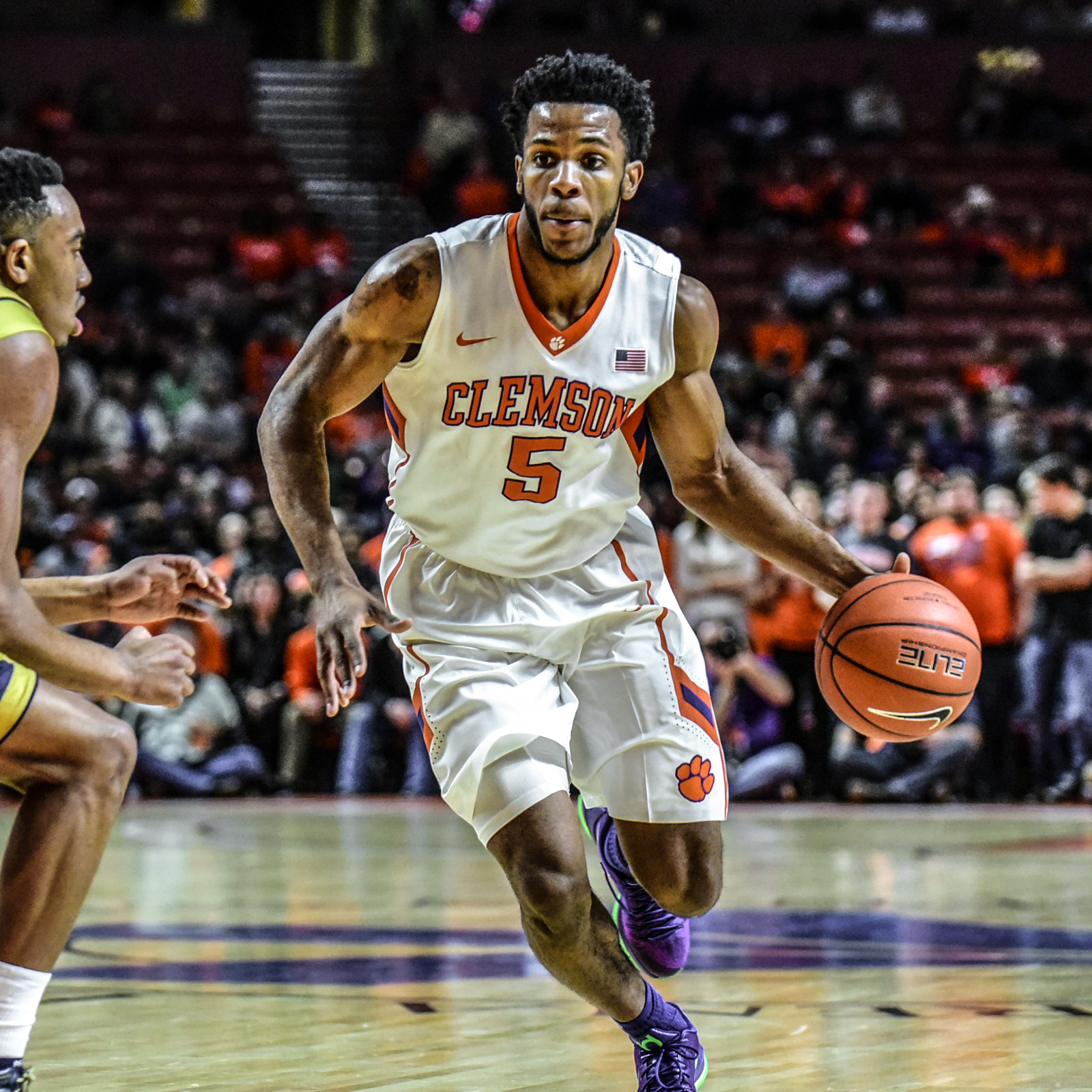 Tigers Come Up Short in Raleigh, 77-74