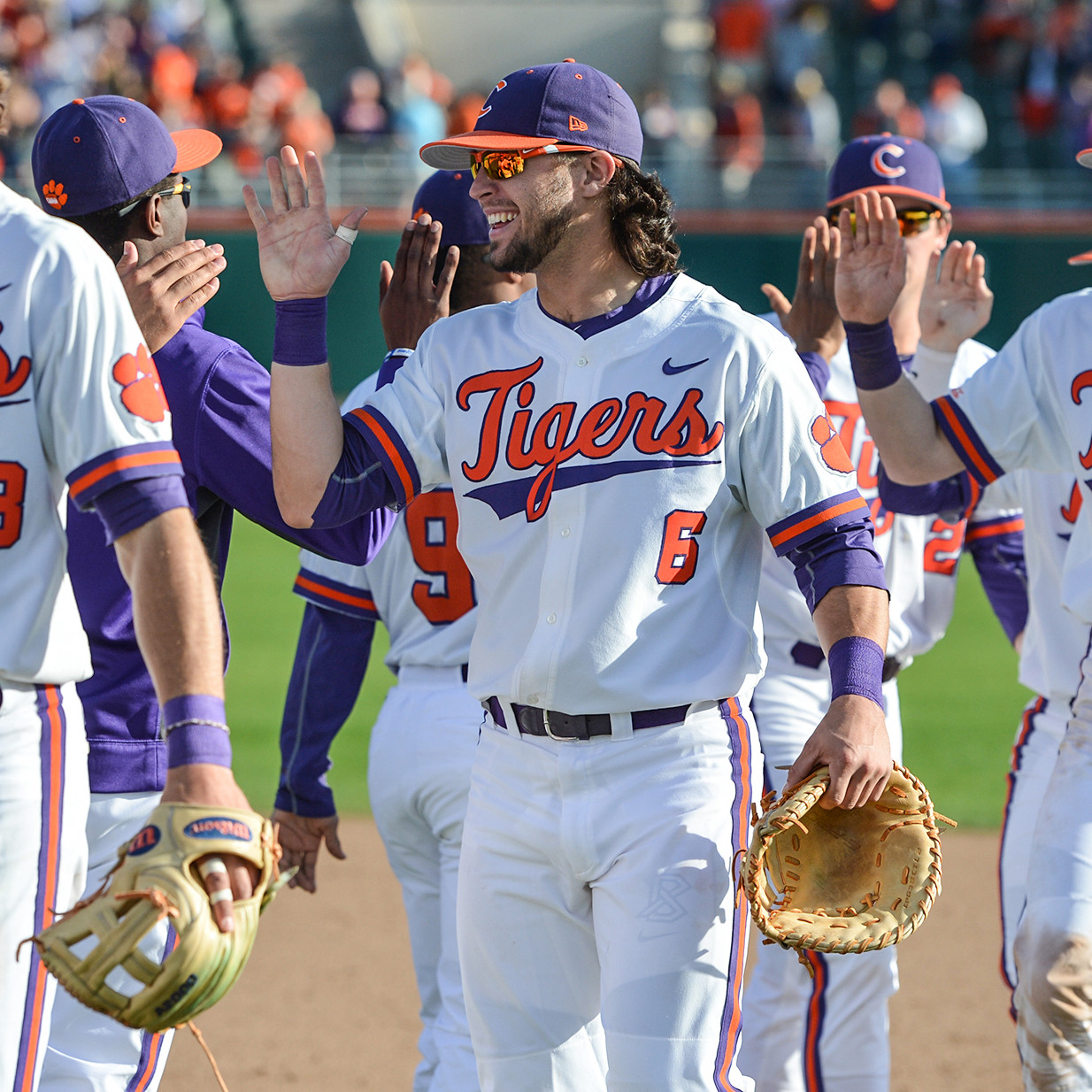 Tigers Claim Series Over USC