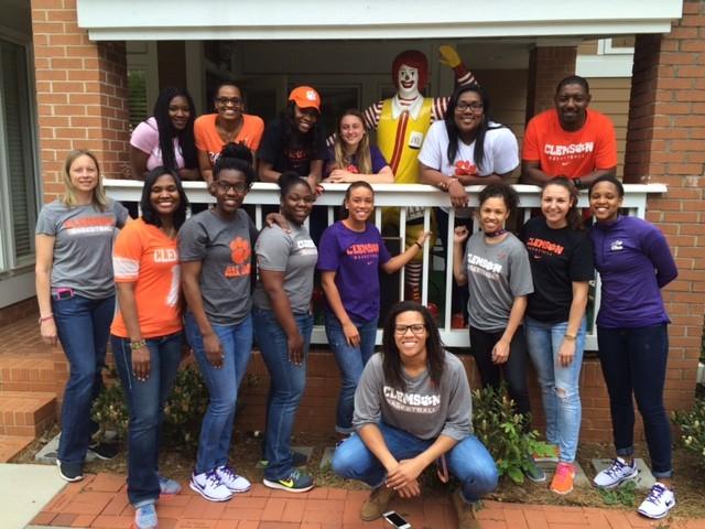 Tigers Give Back at Ronald McDonald House