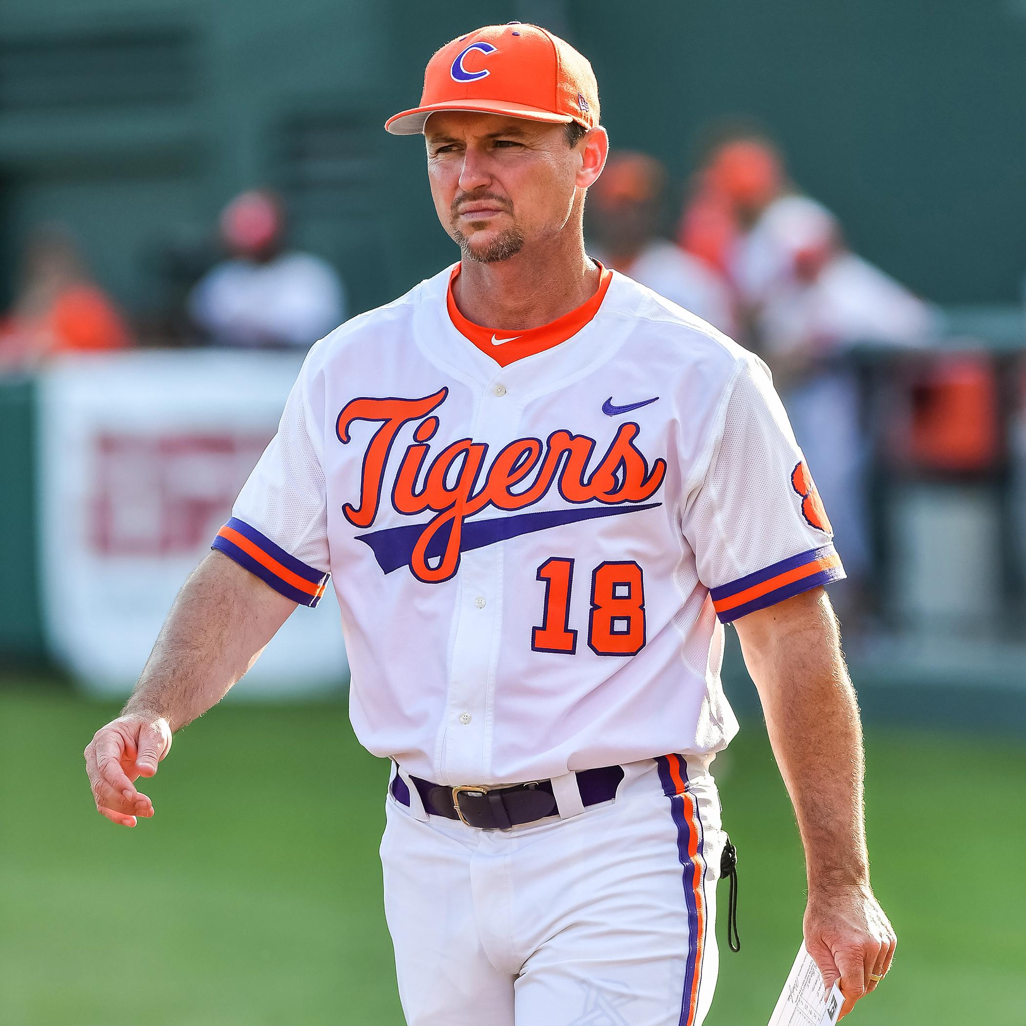 Lee, Baseball Coaches Receive Raises & Extensions