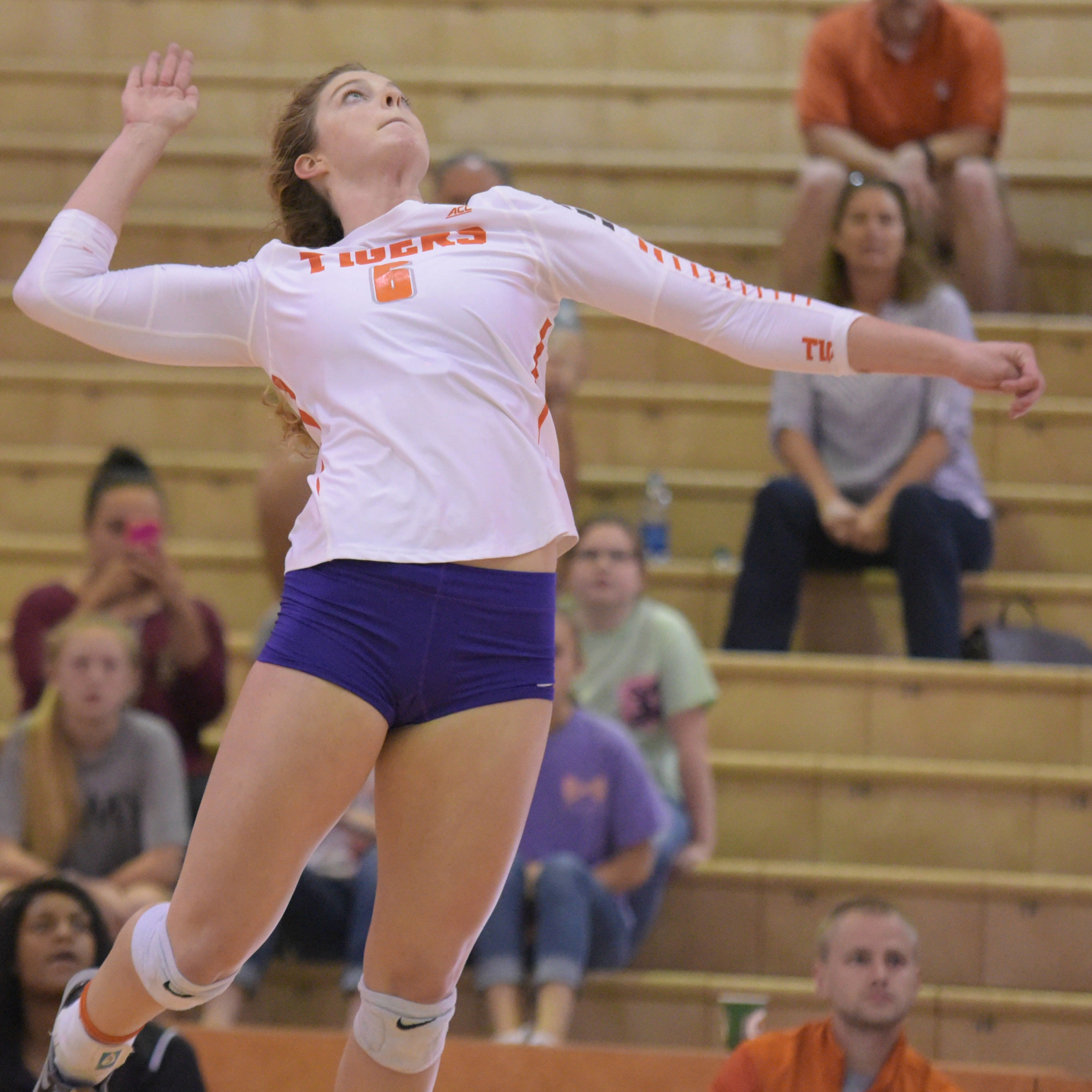 Clemson Falters In Four To Virginia