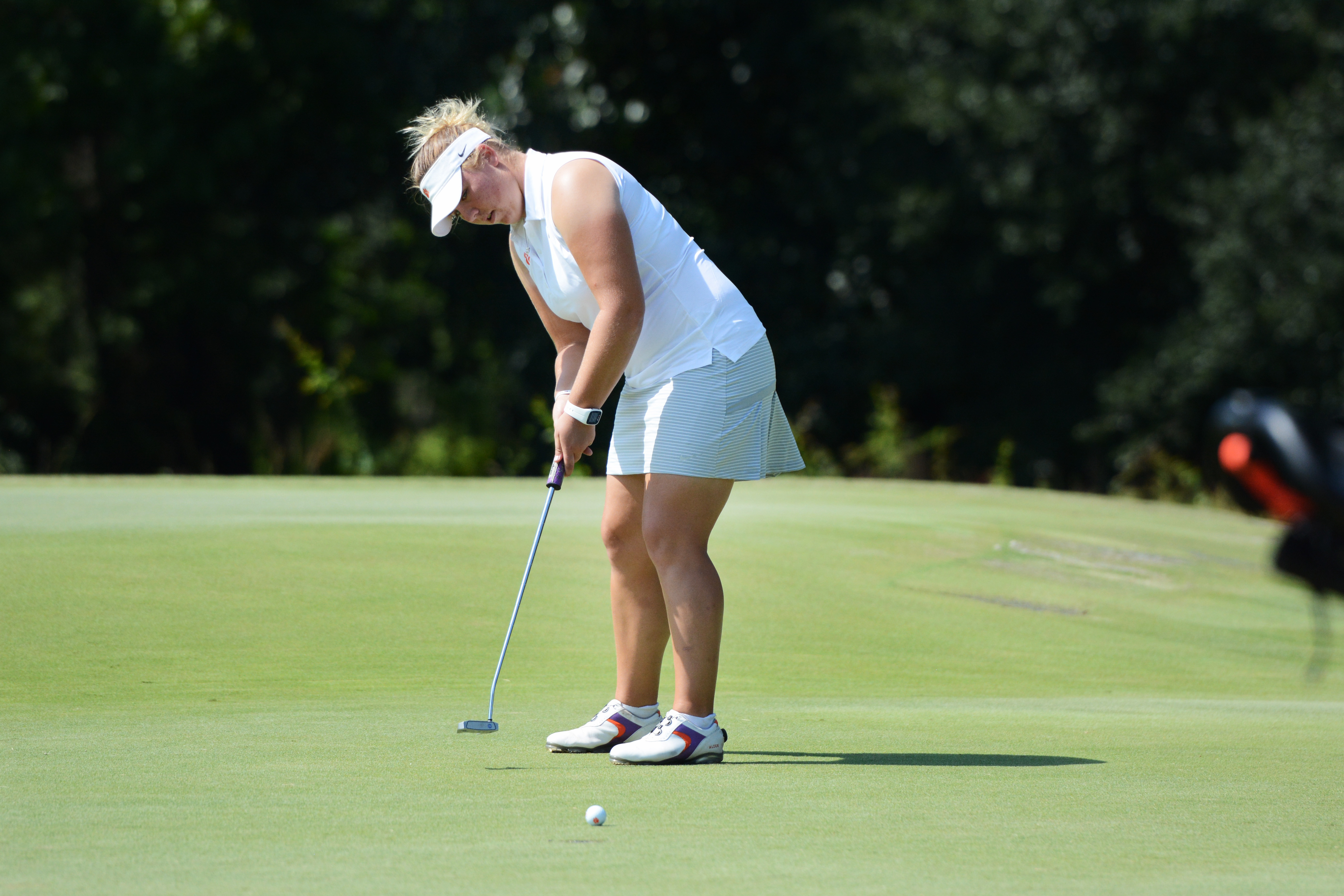 Hewson Leading Clemson at Cougar Classic