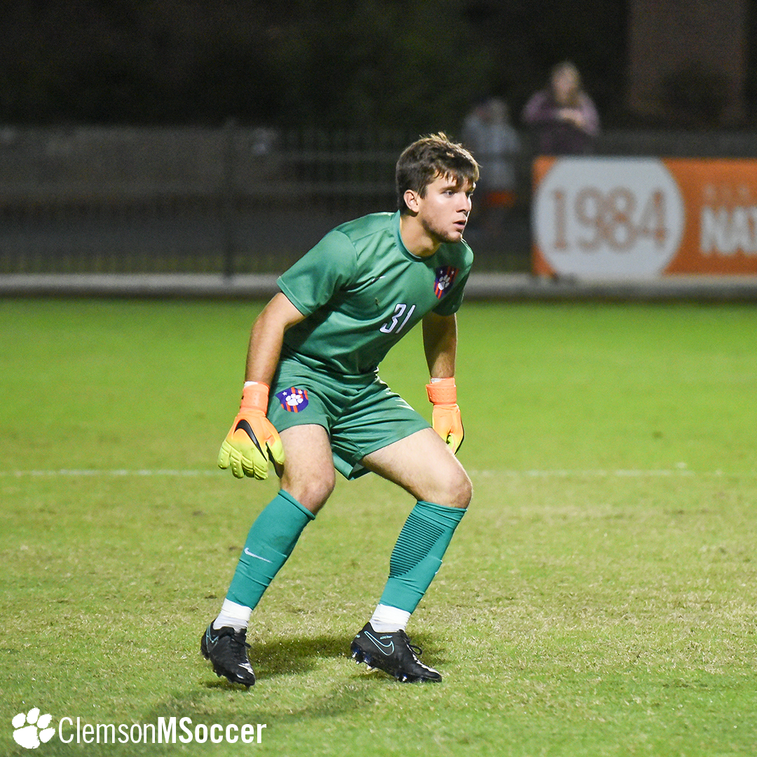 No. 3 Clemson Remains Unbeaten on Road with Draw