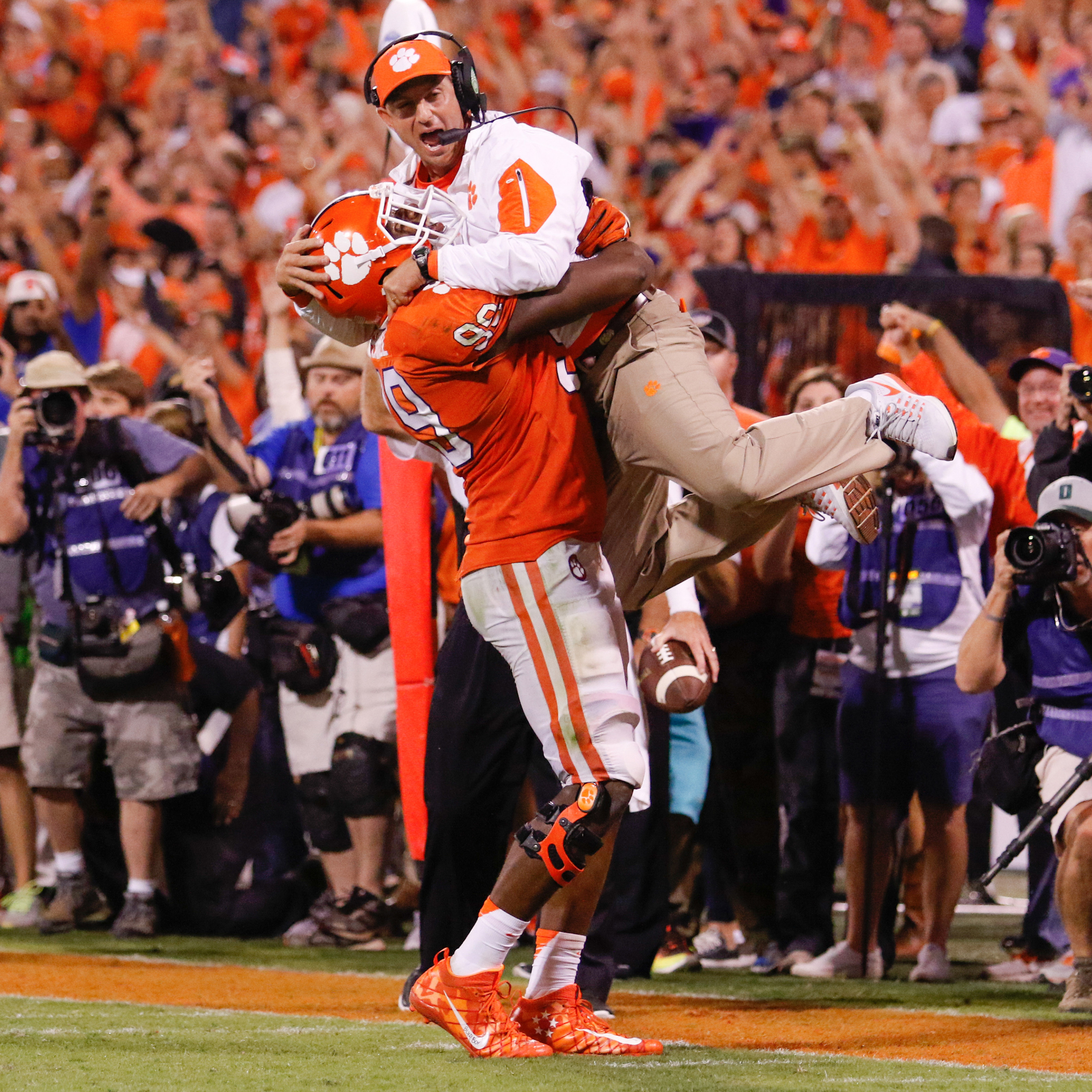 GAMEDAY GUIDE: NC State at Clemson