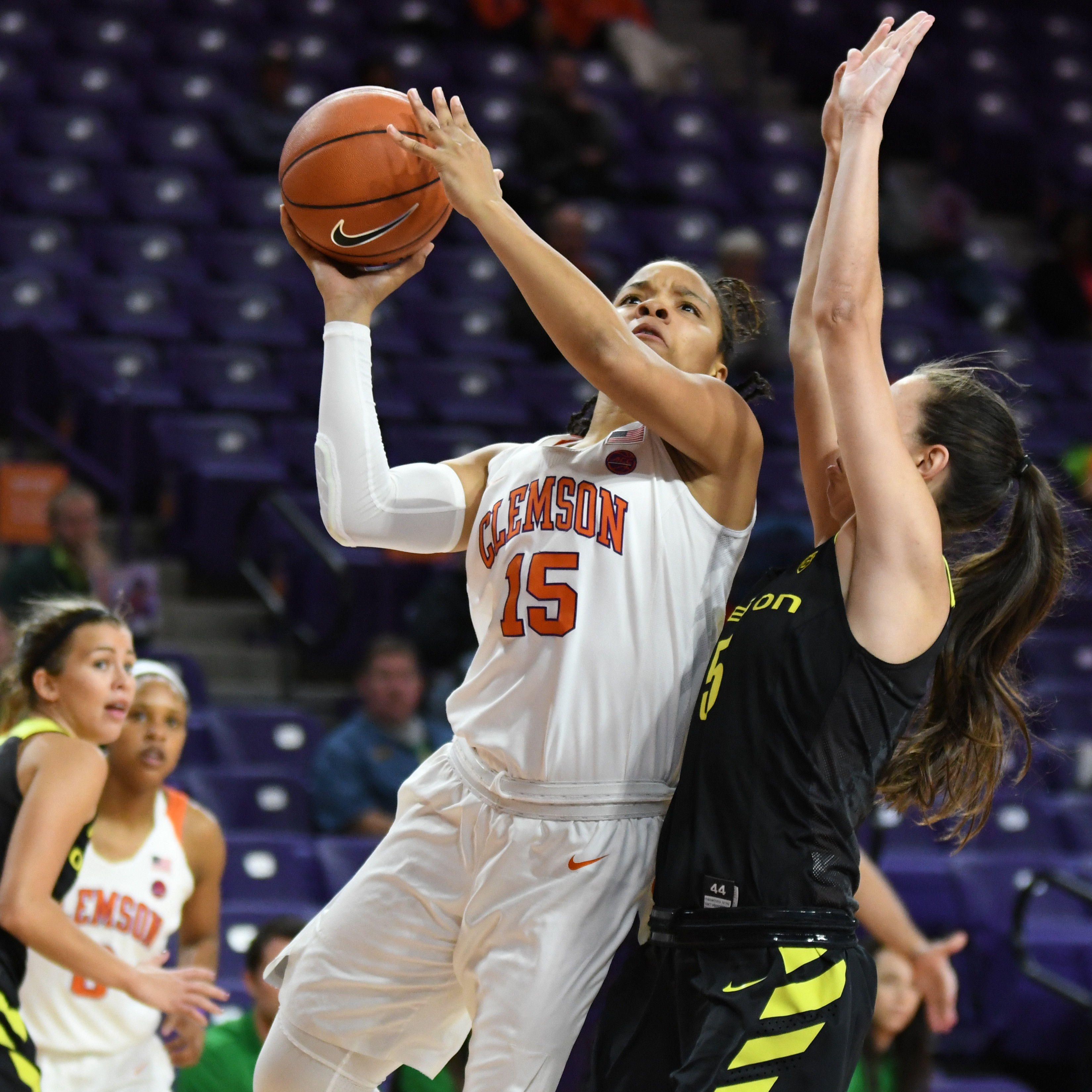 Hot-Shooting #25 Oregon Hands Tigers First Loss