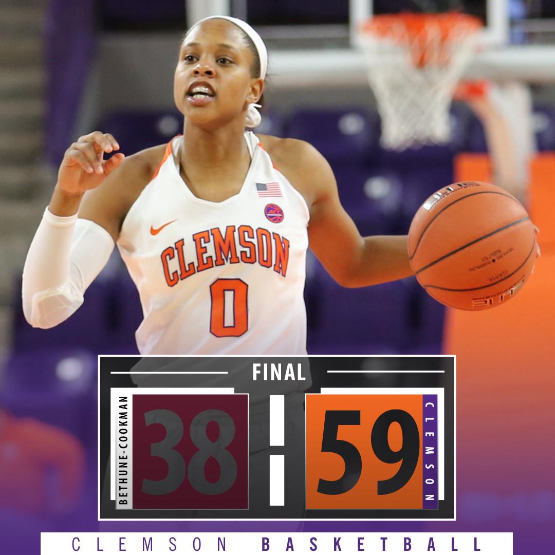 Clemson Beats Bethune-Cookman, 59-38
