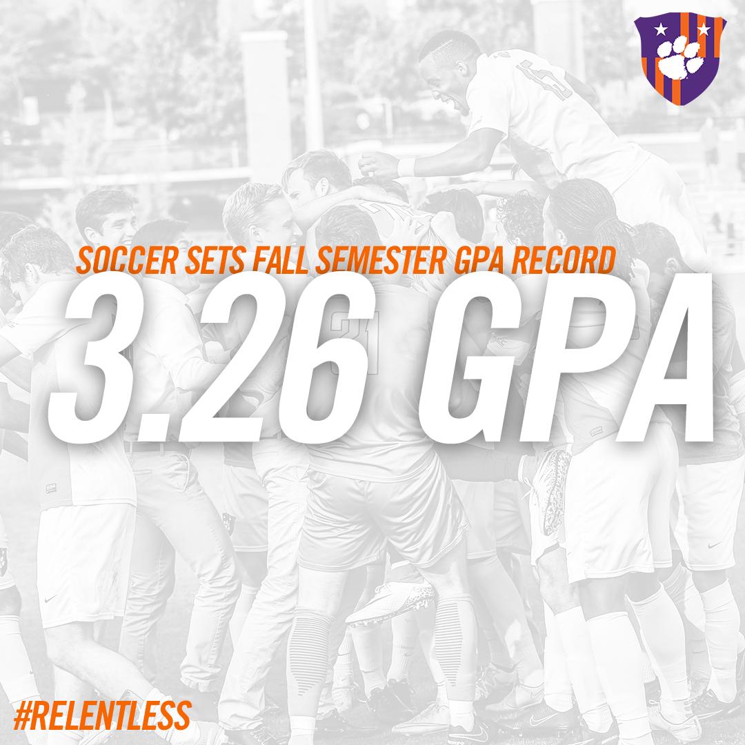 Soccer Breaks Fall Semester GPA Record