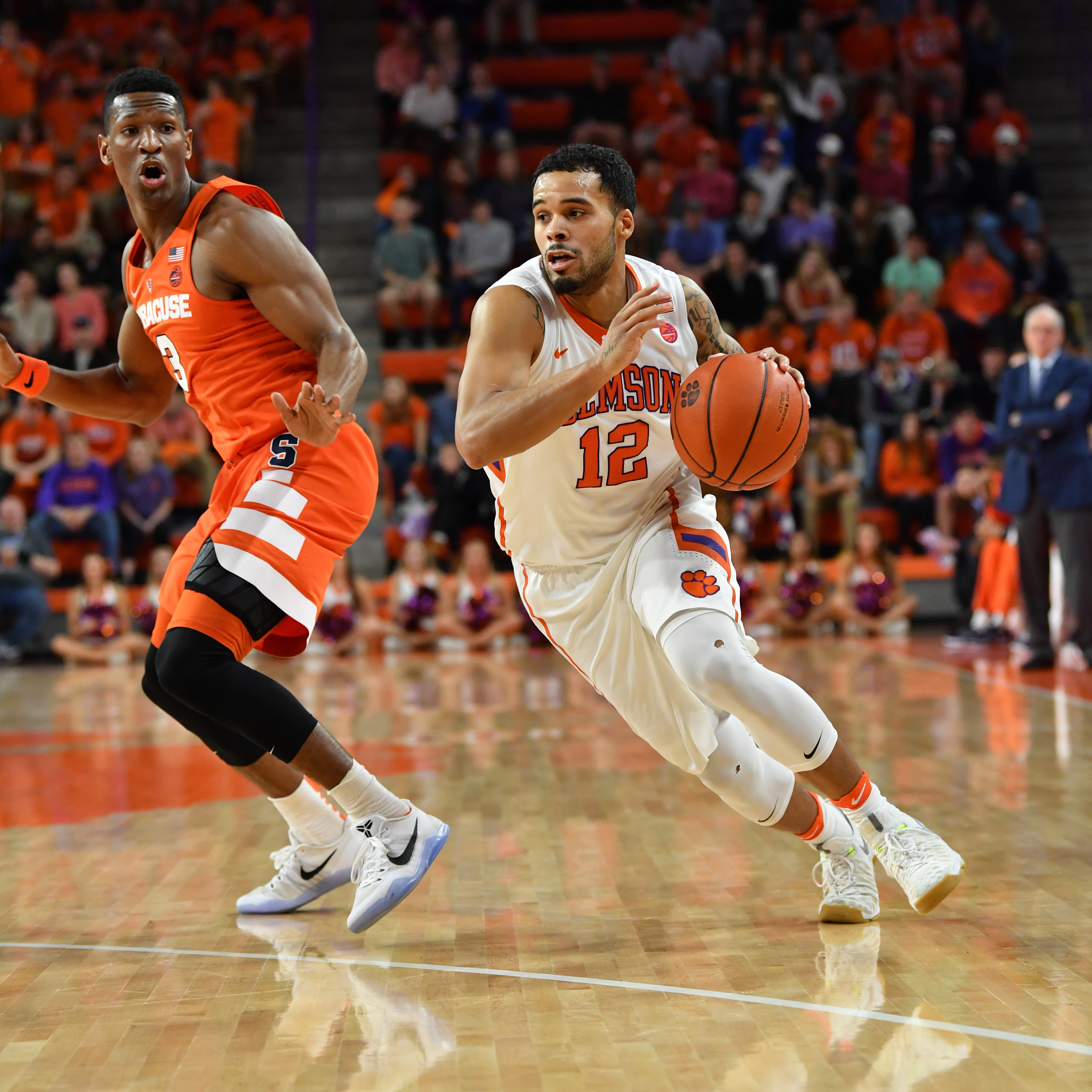 Tigers Fall to Syracuse, 82-81