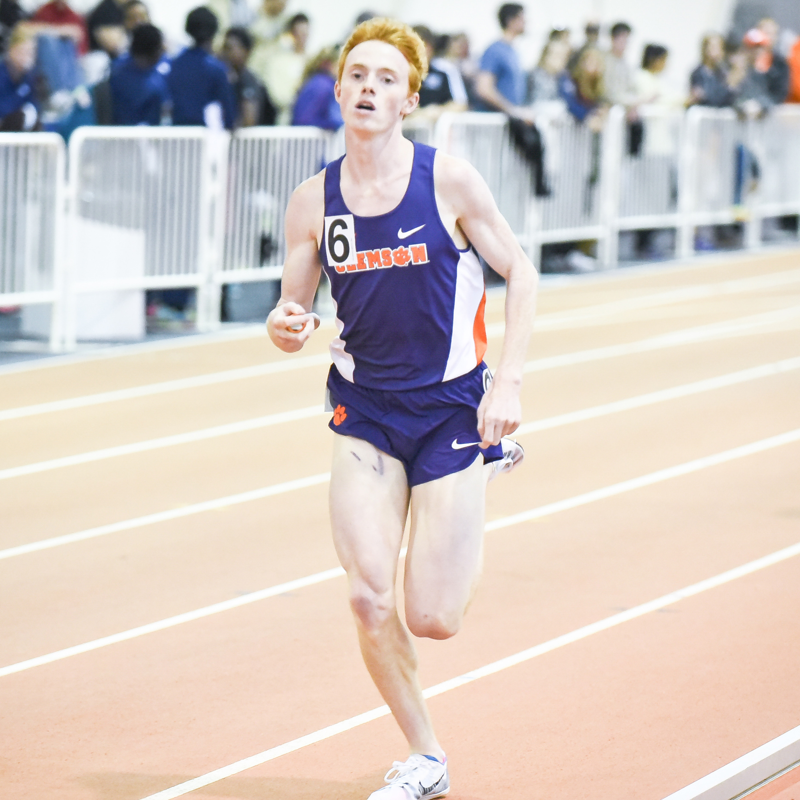 Men's DMR Kicks Off Charlie Thomas Invitational
