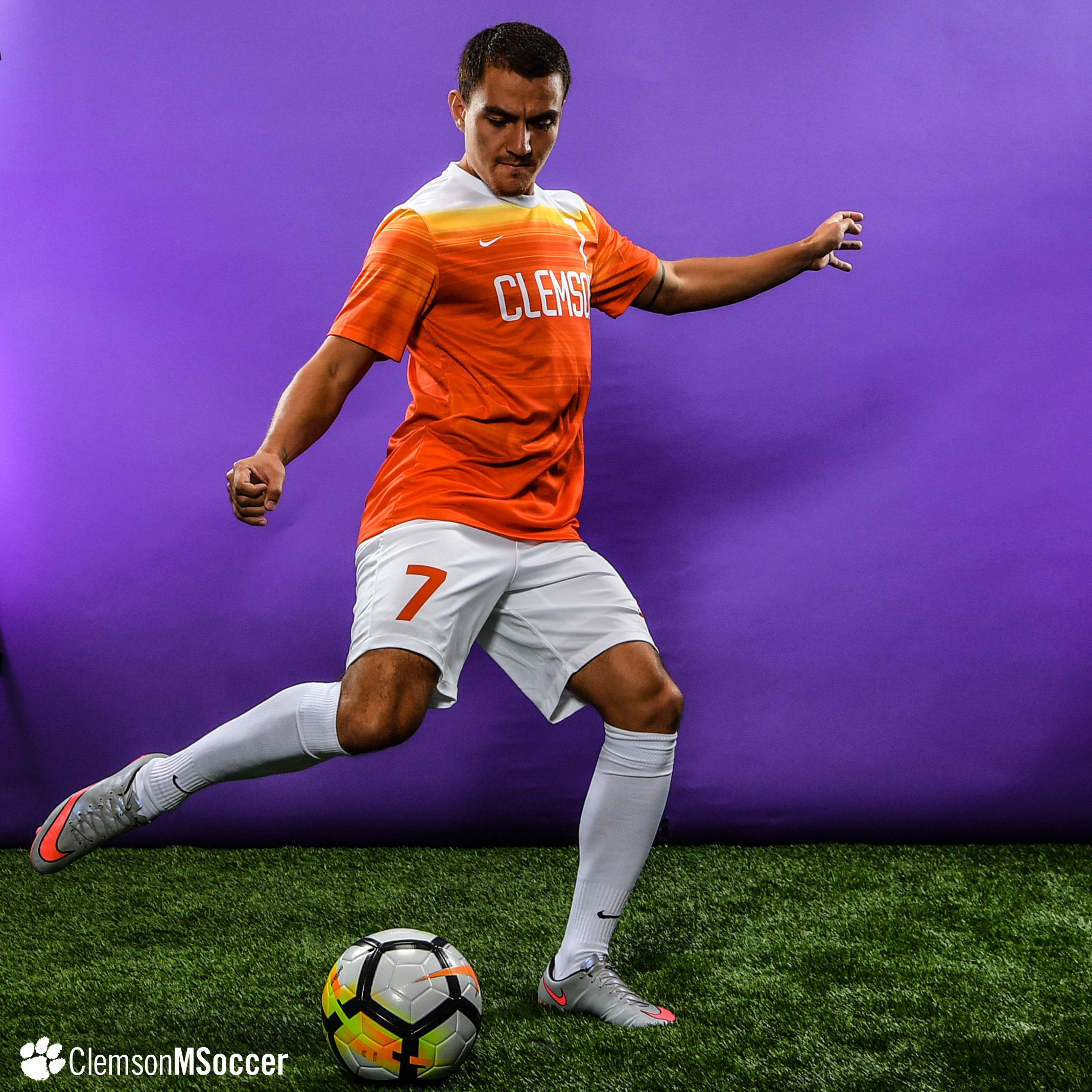 No. 5 Clemson Ties No. 17 Virginia Tech in Final Preseason Exhibition