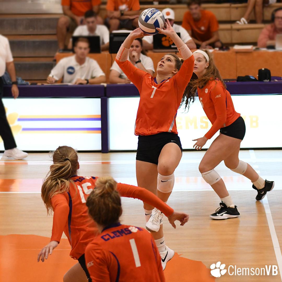 Volleyball Splits at Clemson Challenge Saturday