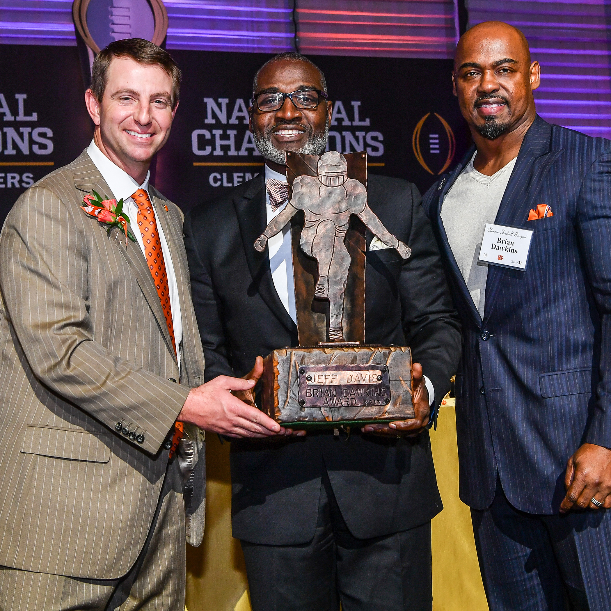 Jeff Davis Receives Award