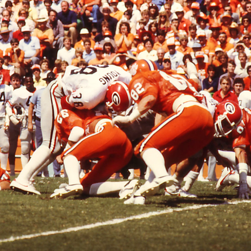 Defense Stifles the Bulldogs