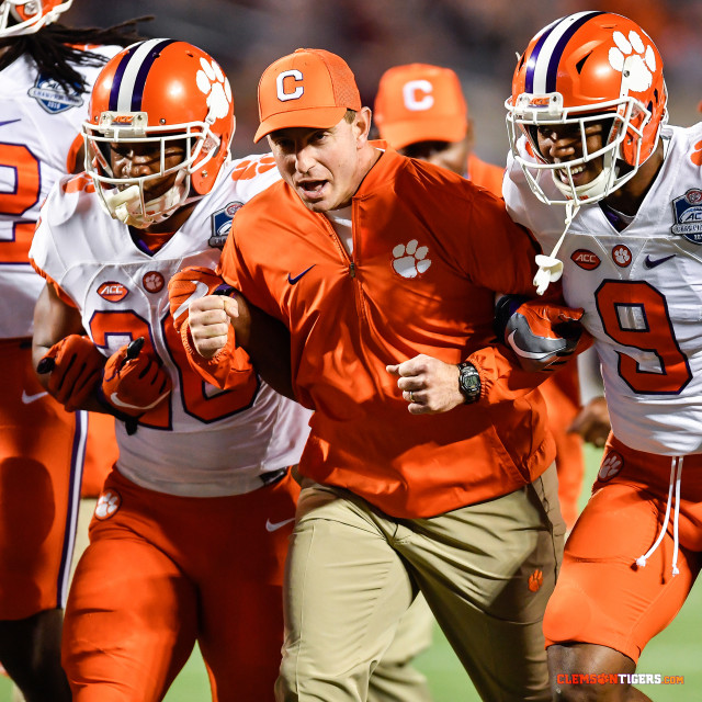 Higgins and Mullen Lead Orange Team to Victory
