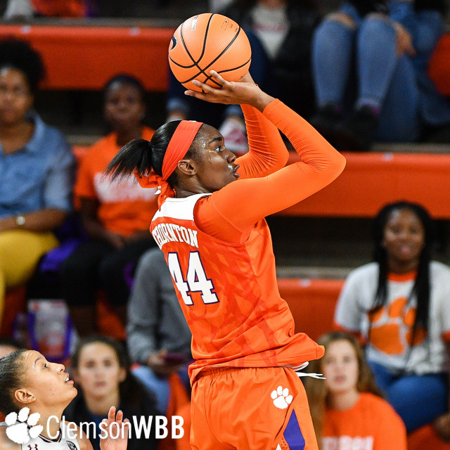 Tigers Fall to No. 5/2 Notre Dame on the Road Sunday