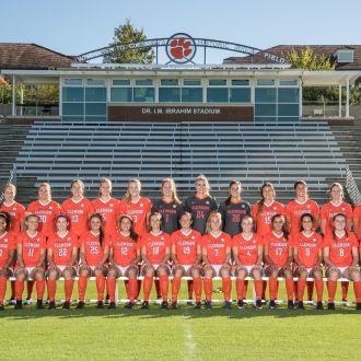 Women's Soccer Celebrates 2017 Season, Announces Award Winners