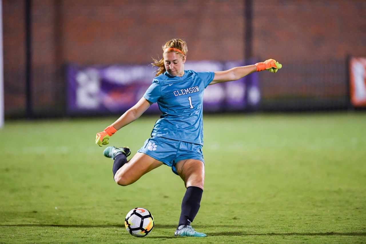 MacIver Back in Action with England U-20 WNT