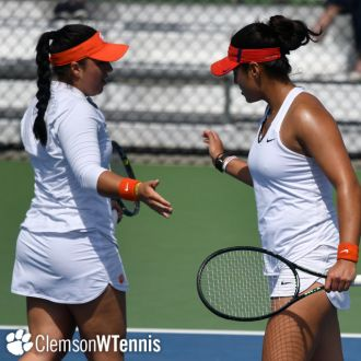 Leduc & Navarro's Doubles Run Ends in NCAA Sweet 16