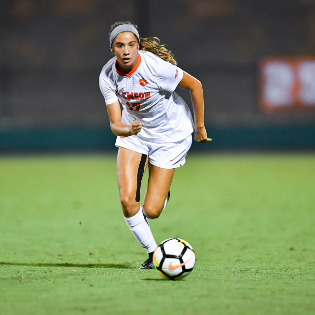 Louisville Edges Clemson 2-1 on Thursday at Riggs