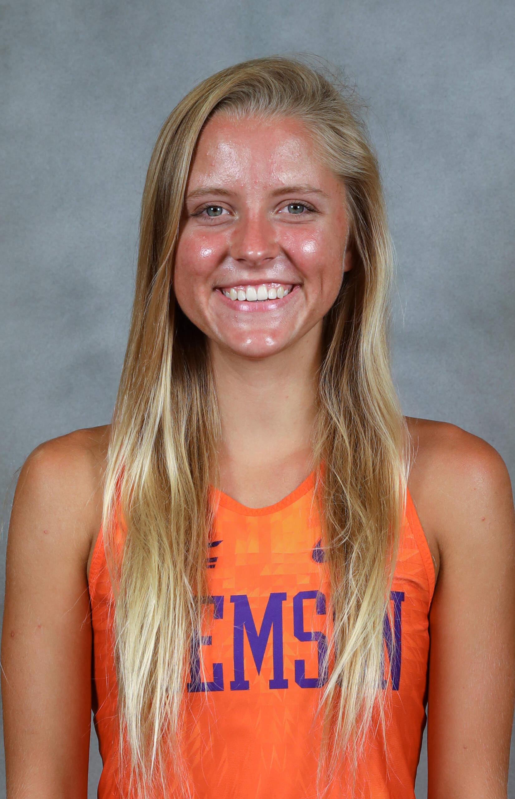 Lauren Hayes - Cross Country - Clemson University Athletics