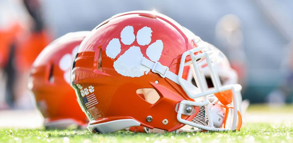 Clemson Players Selected Monday As National Award Finalists
