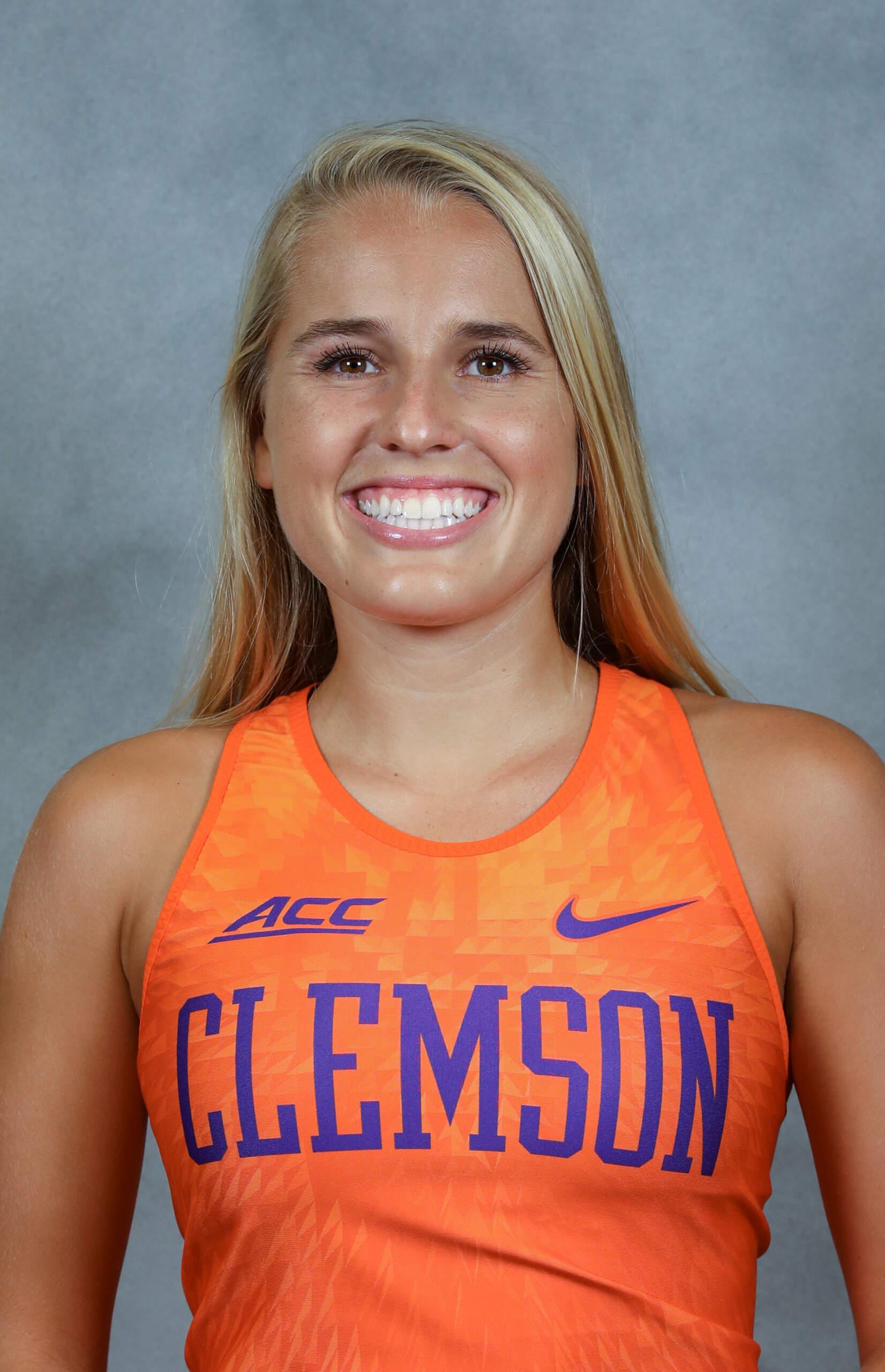 Amelia Jones - Cross Country - Clemson University Athletics