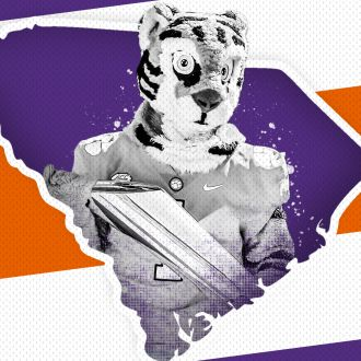 Tiger & Trophy Tour Heads to Columbia Tuesday