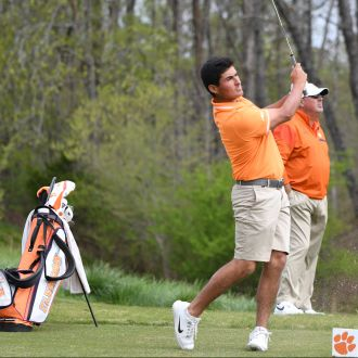 Clemson in Seventh Place after Second Round of Carpet Capital Collegiate