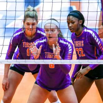Volleyball Heads to Duke, Wake Forest
