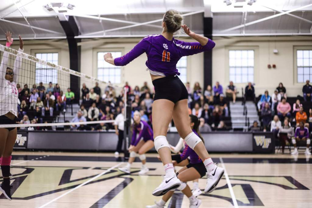 Volleyball Closes Out Road Slate at Virginia Tech Wednesday