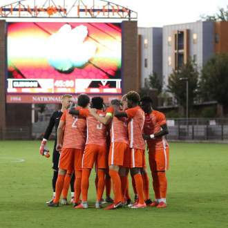 No. 22 Coastal Carolina Visits Clemson on Tuesday