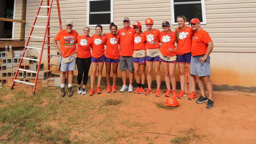 GALLERY: @ClemsonSoftball Habitat for Humanity Build