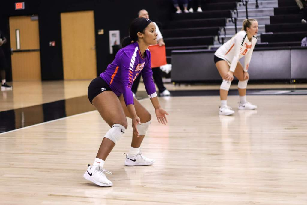 Volleyball Heads to Virginia Saturday